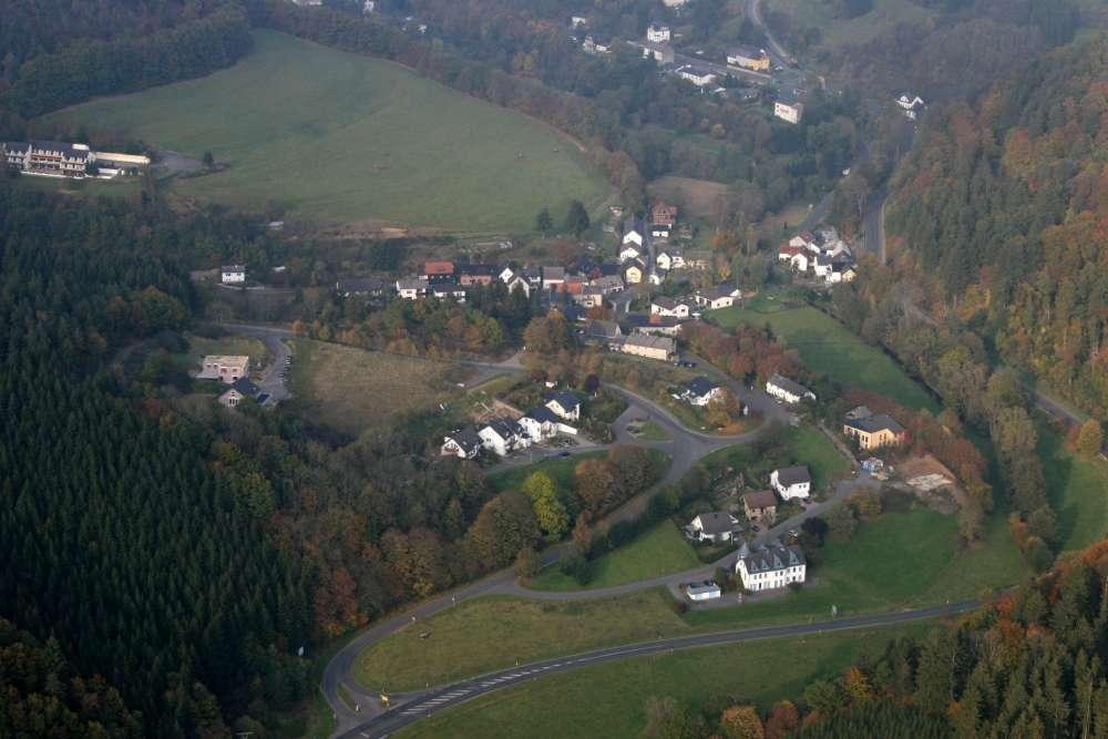 https://www.daun-gemuenden.de/cms/wp-content/uploads/2014/04/fotos-aus-dem-hubschrauber-87.jpg